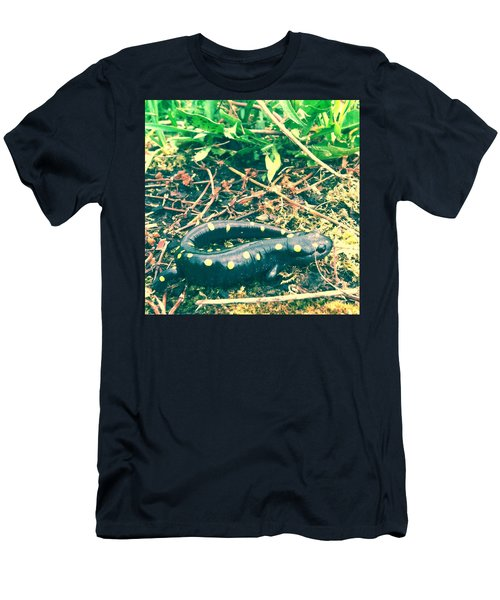 Spotted Salamander Retro Men's T-Shirt (Athletic Fit)