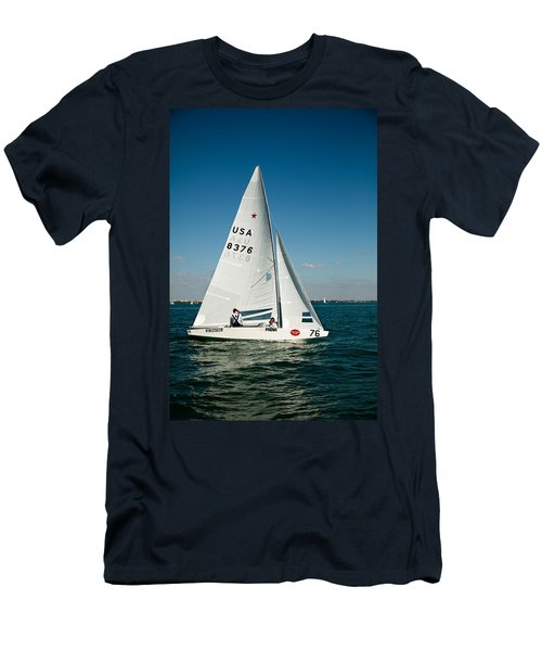 Star Sailboat Men's T-Shirt (Athletic Fit)