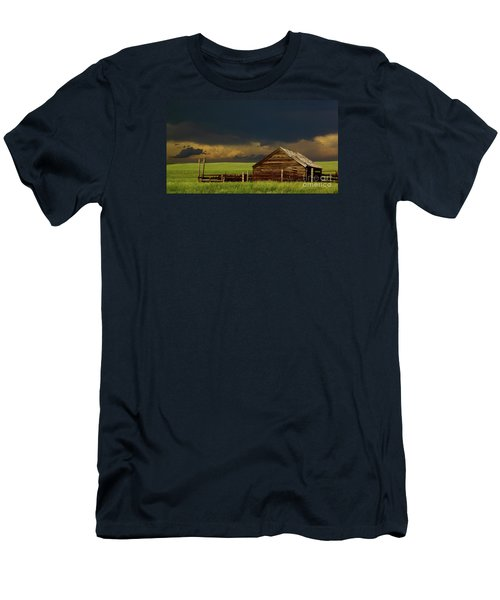 Storm Crossing Prairie 2 Men's T-Shirt (Athletic Fit)