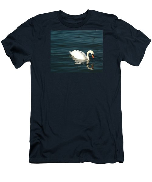 Swan Elegance Men's T-Shirt (Athletic Fit)