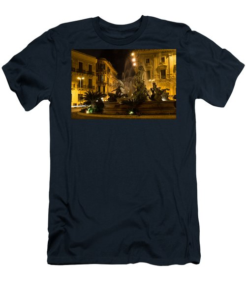 Syracuse - Diana Fountain  Men's T-Shirt (Athletic Fit)