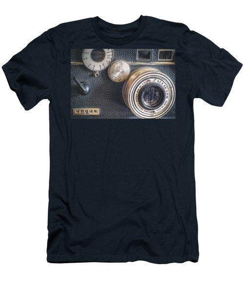 Vintage Argus C3 35mm Film Camera Men's T-Shirt (Athletic Fit)