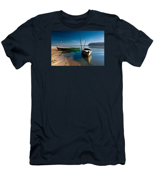 Men's T-Shirt (Slim Fit) featuring the photograph Waiting by Edgar Laureano