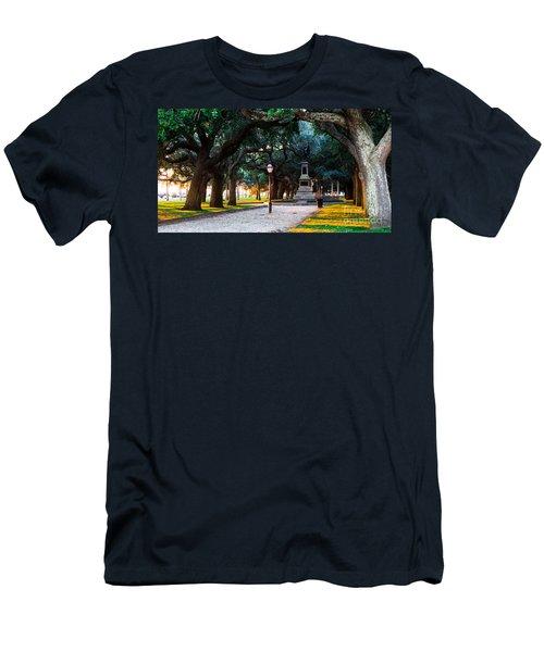 White Point Garden Walkway Charleston Sc Men's T-Shirt (Athletic Fit)