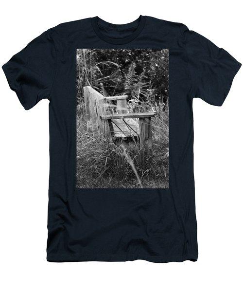 Wood Bench Men's T-Shirt (Athletic Fit)