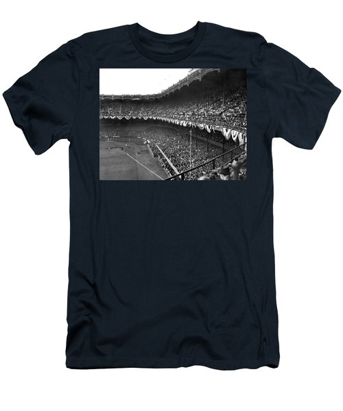 World Series In New York Men's T-Shirt (Slim Fit) by Underwood Archives