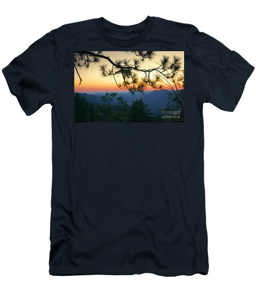 Yosemite Dusk Men's T-Shirt (Athletic Fit)