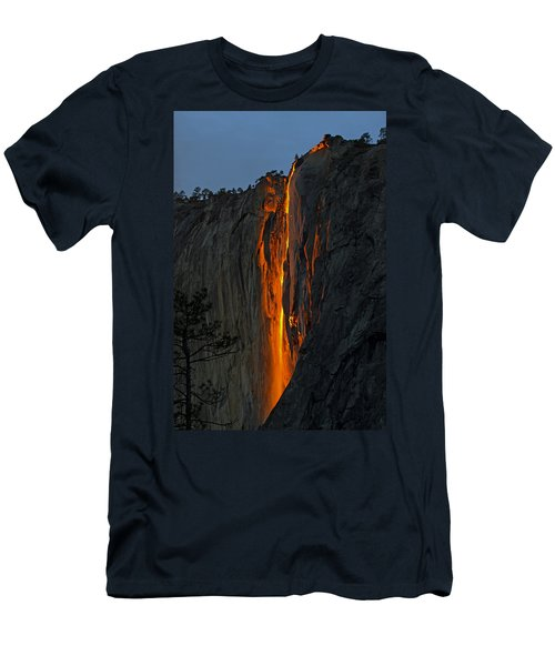 Yosemite Horsetail Falls Men's T-Shirt (Slim Fit) by Duncan Selby