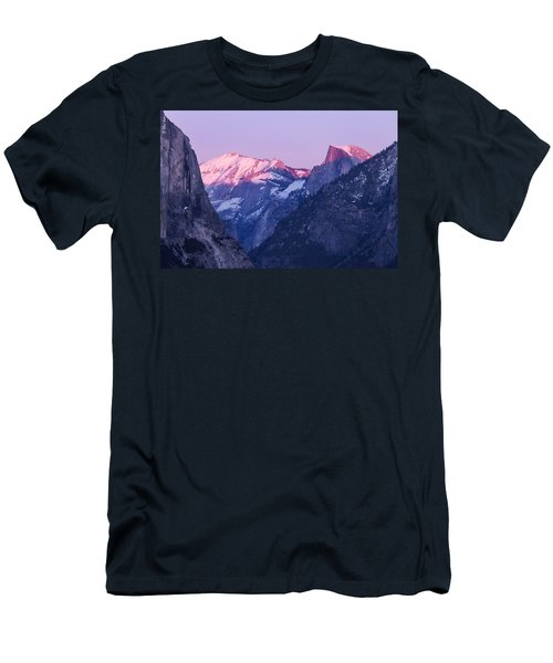 Yosemite Valley Panorama Men's T-Shirt (Athletic Fit)