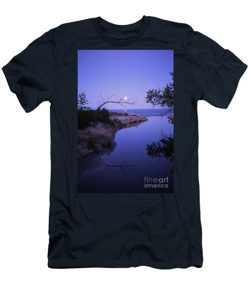 Moonrise Men's T-Shirt (Athletic Fit)