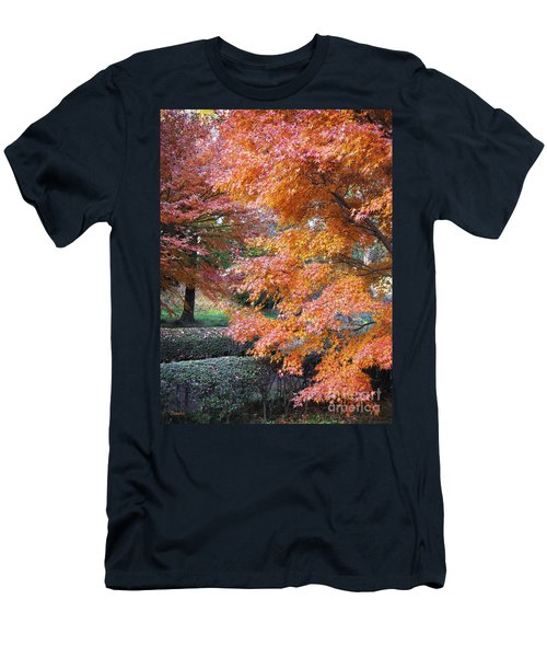 Autumn Momiji Men's T-Shirt (Athletic Fit)