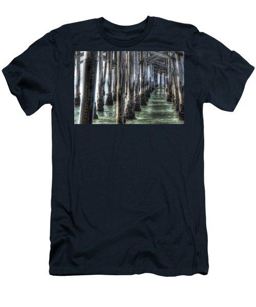 Balboa Pylons Men's T-Shirt (Athletic Fit)