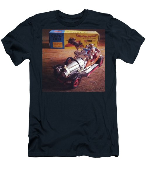 Chitty Chitty Bang Bang Corgi Toy Men's T-Shirt (Athletic Fit)