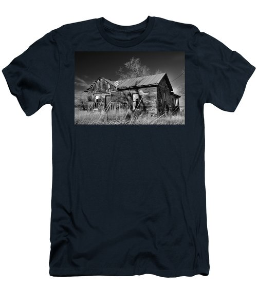 Men's T-Shirt (Athletic Fit) featuring the photograph Homestead by Ron Cline