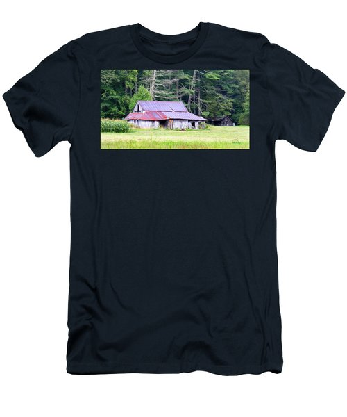 Old Barn Near Cashiers Nc Men's T-Shirt (Athletic Fit)