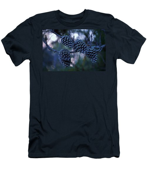 Pine Cones Men's T-Shirt (Athletic Fit)