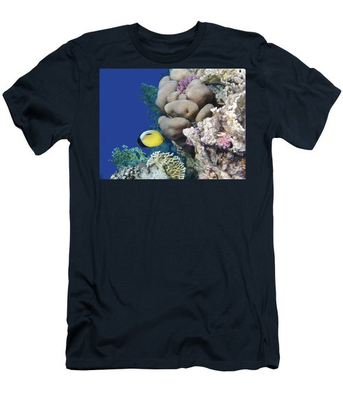Glorious Red Sea World 3 Men's T-Shirt (Athletic Fit)