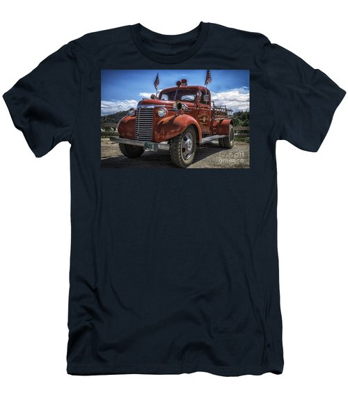 1940 Chevrolet Fire Truck  Men's T-Shirt (Athletic Fit)