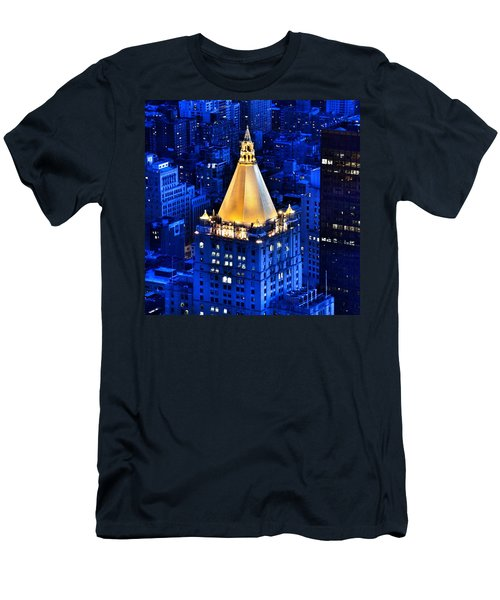 New York Life Building Men's T-Shirt (Athletic Fit)