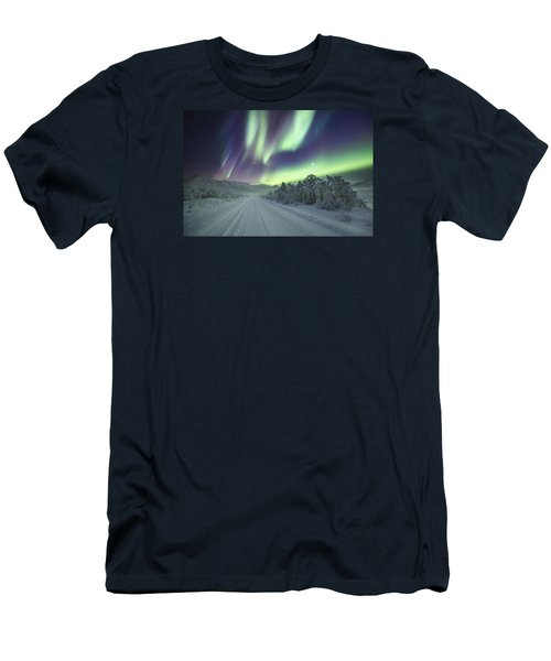 Road View Men's T-Shirt (Athletic Fit)