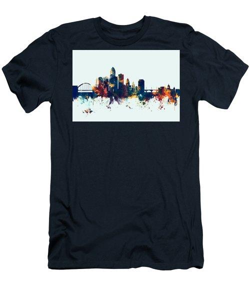Des Moines Iowa Skyline Men's T-Shirt (Athletic Fit)