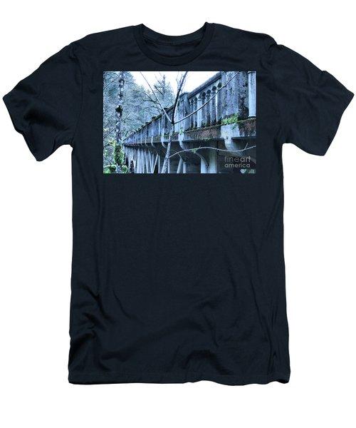 Bridge Men's T-Shirt (Slim Fit)