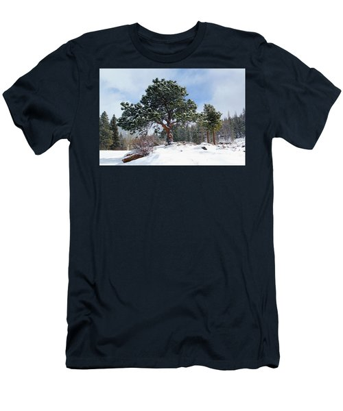 A Fresh Blanket Of Snow Men's T-Shirt (Athletic Fit)