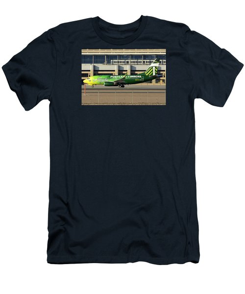 Alaska Boeing 737-790 N607as Phoenix Sky Harbor December 27 2015 Men's T-Shirt (Slim Fit) by Brian Lockett