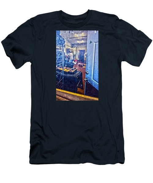 Alley Screen Door Men's T-Shirt (Athletic Fit)