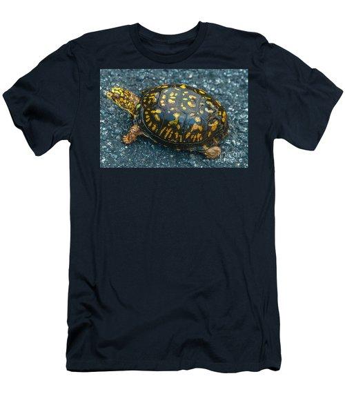 Turtle Men's T-Shirt (Athletic Fit)