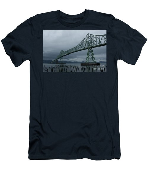 Astoria Bridge Men's T-Shirt (Athletic Fit)