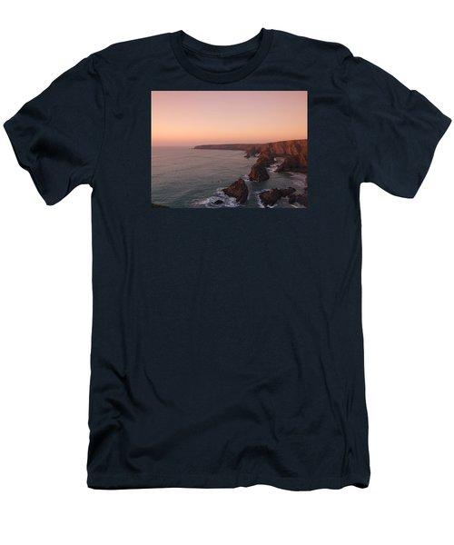 Bedruthan Steps Sunset Men's T-Shirt (Athletic Fit)