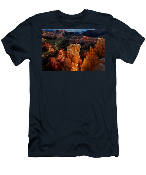 Bryce Canyon Men's T-Shirt (Slim Fit) by Harry Spitz