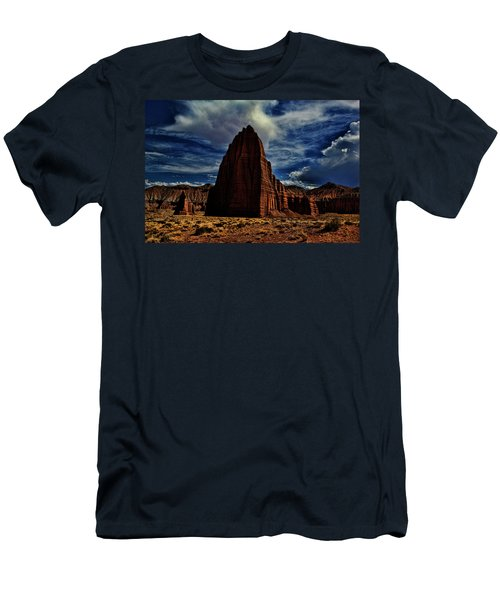 Capitol Reef Men's T-Shirt (Athletic Fit)