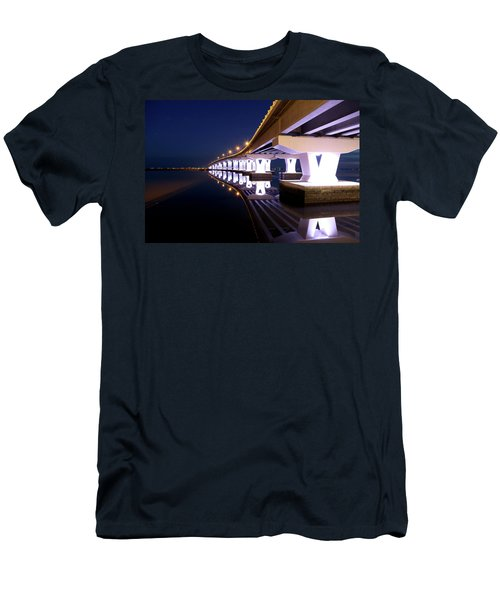 Causeway Men's T-Shirt (Athletic Fit)