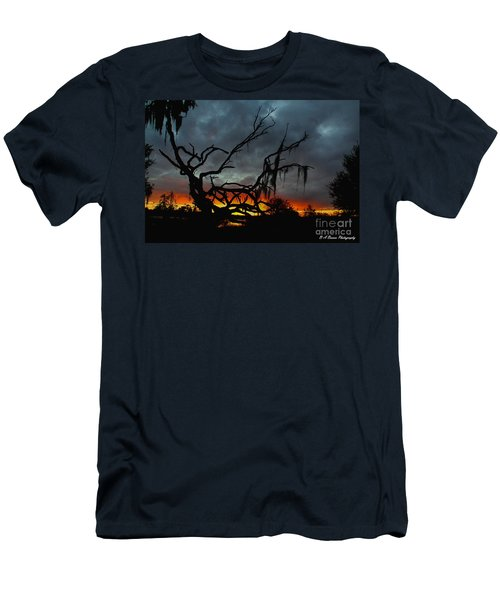 Chilling Sunset Men's T-Shirt (Athletic Fit)