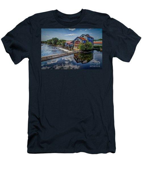 Chisolm's Mills Men's T-Shirt (Athletic Fit)