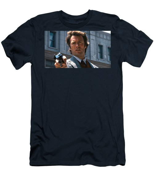 Clint Eastwood With 44 Magnum Dirty Harry 1971 Men's T-Shirt (Athletic Fit)