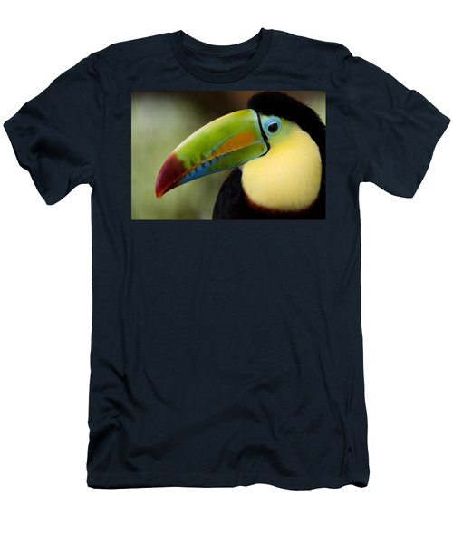 Close-up Of Keel-billed Toucan Men's T-Shirt (Athletic Fit)