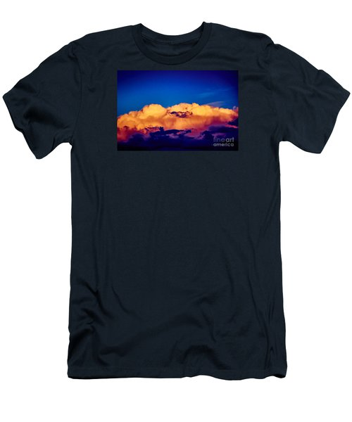 Clouds Vi Men's T-Shirt (Athletic Fit)