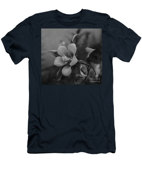 Columbine  Bw Men's T-Shirt (Athletic Fit)