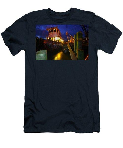 Dock Side Men's T-Shirt (Athletic Fit)