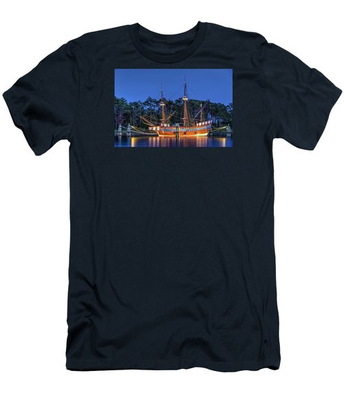 Elizabeth II At Dock Men's T-Shirt (Slim Fit) by Greg Reed