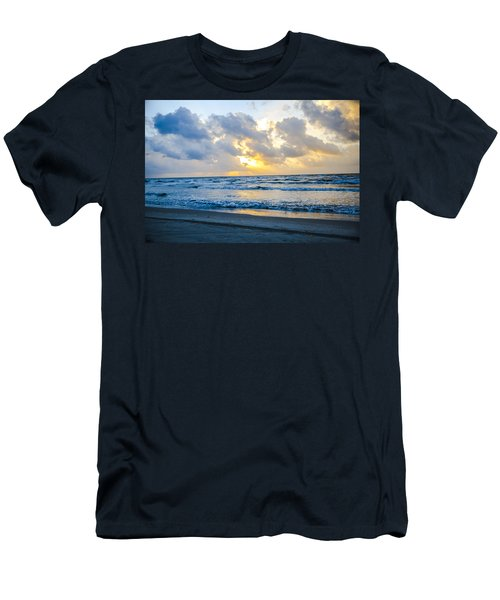 End Of The Season Padre 23 Men's T-Shirt (Athletic Fit)