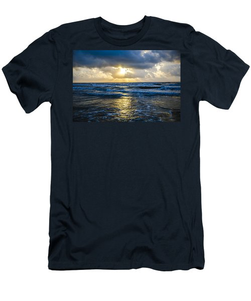 End Of The Season Padre 38 Men's T-Shirt (Athletic Fit)