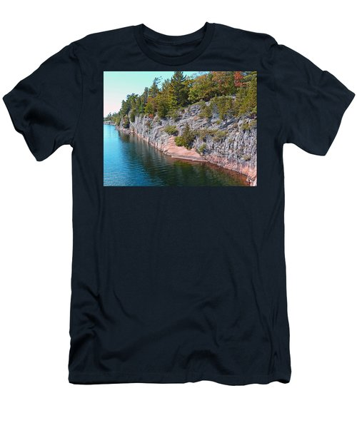 Fall In Muskoka Men's T-Shirt (Athletic Fit)