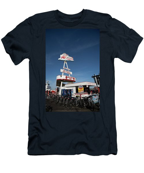 Fisherman's Wharf Bike Rental Men's T-Shirt (Athletic Fit)