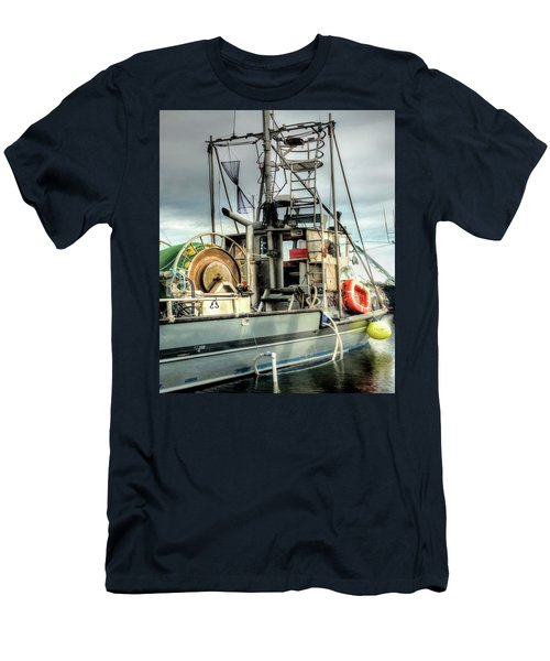 Fishing Boat Rigging Men's T-Shirt (Athletic Fit)