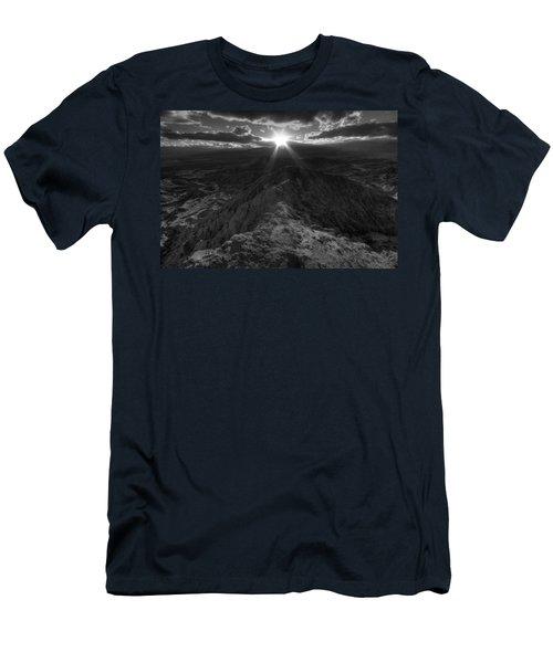 Font's Point Sunset Men's T-Shirt (Athletic Fit)