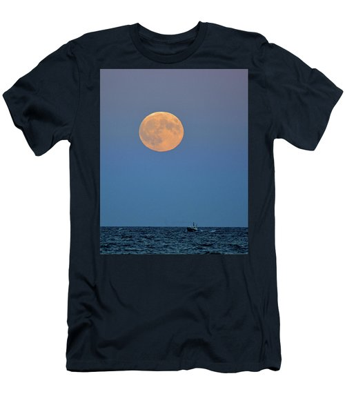 Full Blood Moon Men's T-Shirt (Athletic Fit)
